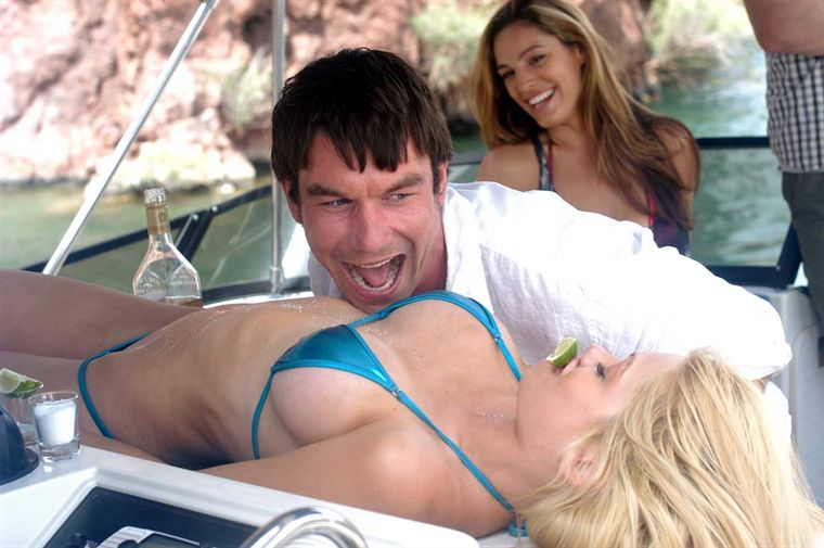 « Piranha 3D » : SEA, SEX and… BLOOD