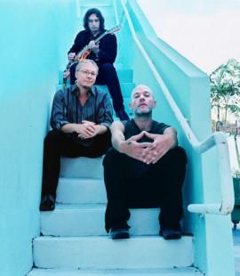 R.E.M. : nouvel album + maxi